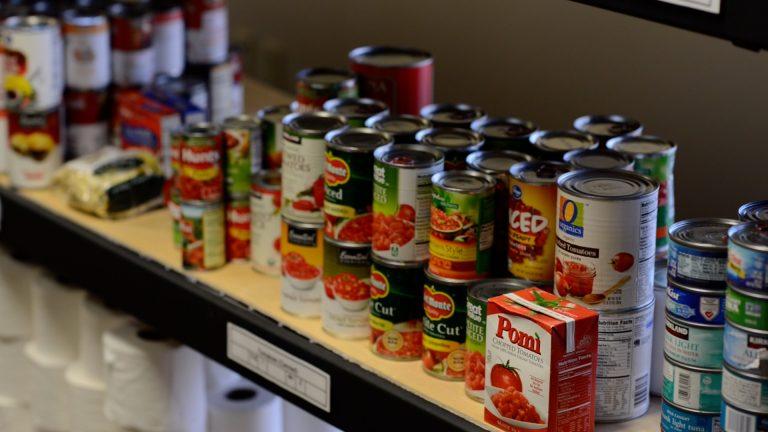 Food Pantry Program Mercy S Gate